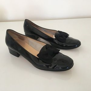 Vintage Salvatore Ferragamo Black Loafers with Bow